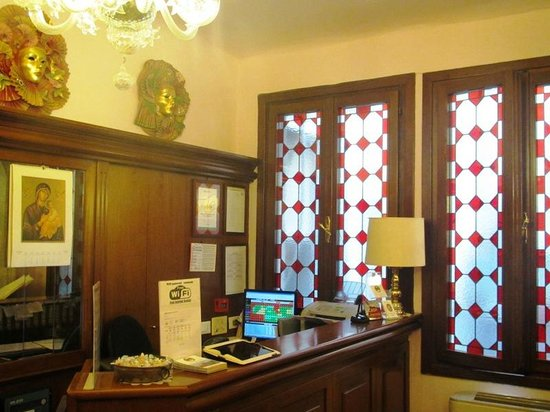 """Antica Locanda Sturion"" Residenza d'Epoca : The lobby."