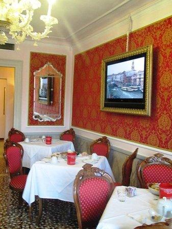 """Antica Locanda Sturion"" Residenza d'Epoca : Where breakfast is served."