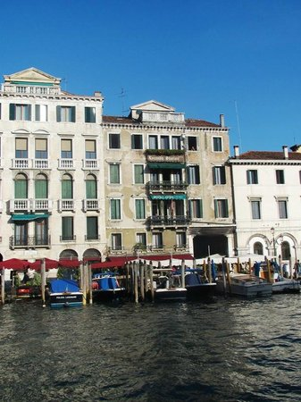 """Antica Locanda Sturion"" Residenza d'Epoca : Hotel view from the Grand Canal."