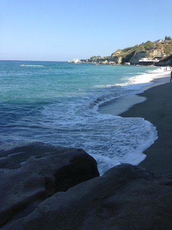 Hotel  Cava dell'isola : la mattina in spiaggia quando tutti dormivano...
