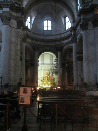 Chiesa di San Geremia: Inside of the church.