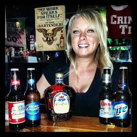 Sky Zoo: Kristen is your nightly Bartender always serving up the best drinks and smiles all night!!