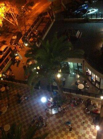 Hotel Joya: Vistas al Bar/Piscina
