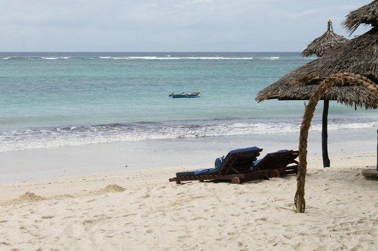 Southern Palms Beach Resort: Strand