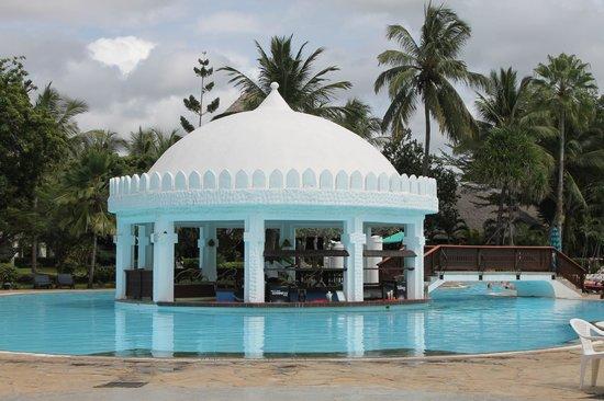 Southern Palms Beach Resort: Poolbar