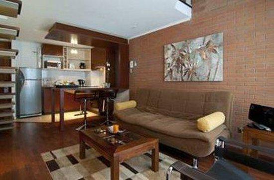 Park Plaza Apart Hotel: Living Room Loft