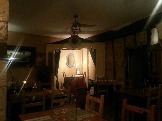 Lou Bombareau: une très jolie salle interieur