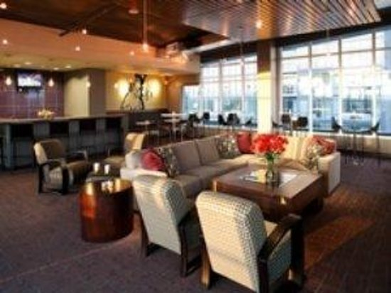 Royal Suites at Belcarra : Bellevue Community Space