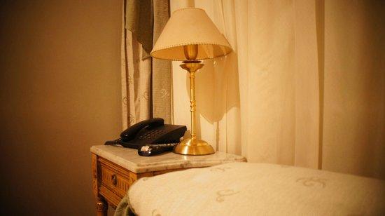 Hotel A&B Internacional: Detalhe do quarto