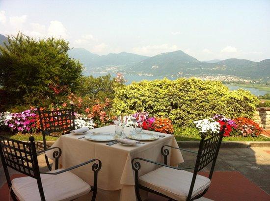 La terrazza del ristorante - Picture of Romantik Hotel Relais ...