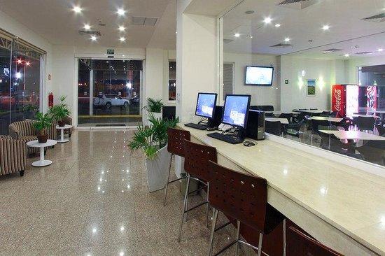 One Guadalajara Periférico Norte: Lobby