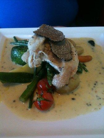 Brasserie Belvedere: Supreme de Volaille - Sauce Truffes