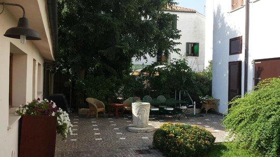 Ca' del Borgo: Rear of the Courtyard