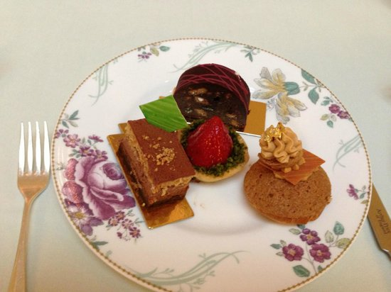 The Savoy: A sample of the pastries
