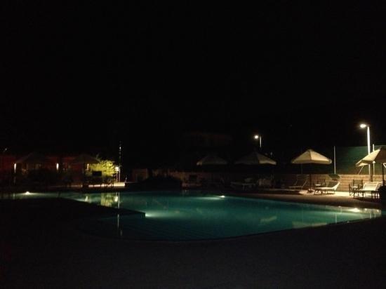 Residence Ombraverde: bordo piscina