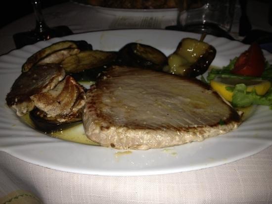 Mendula Restaurant: tonno