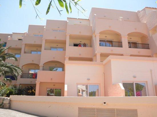 Invisa Hotel Club Cala Blanca: Apartamentos/suites