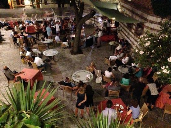 Hotel Fortino Napoleonico : serata di festa