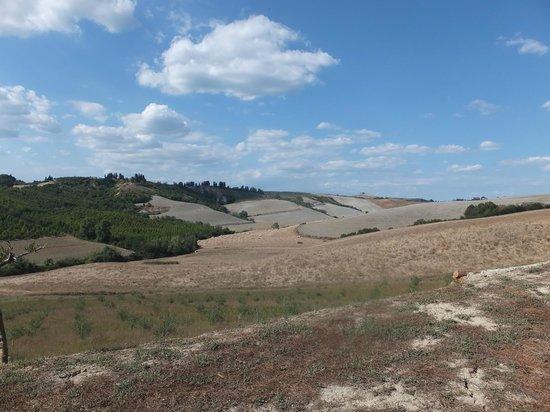Monte Casone: Vue du paysage depuis la piscine