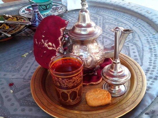 La Kasbah: Mint tea with drops of orange flower sirup