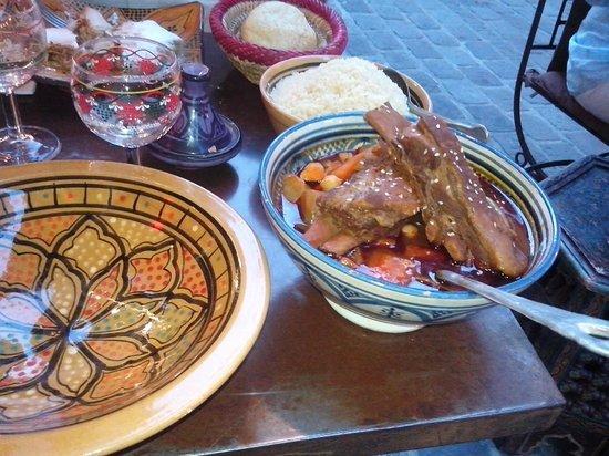 La Kasbah: Hand rolled berbere couscous
