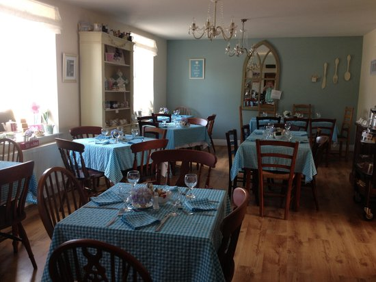 Lilly's Tea Room: All ready for pudding club !