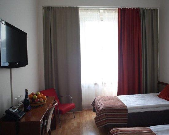 Finlandia Hotel Seurahuone: Guest room