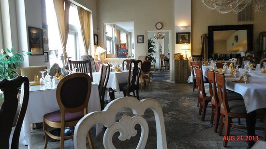 The Bistro at Market and Grove: The Bistro Dining Room, Petersburg, VA