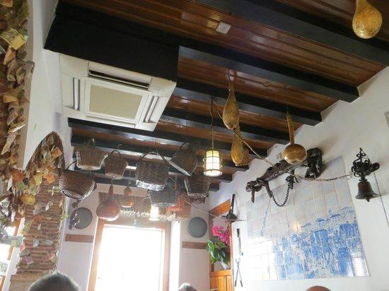 Caseiro: the interior