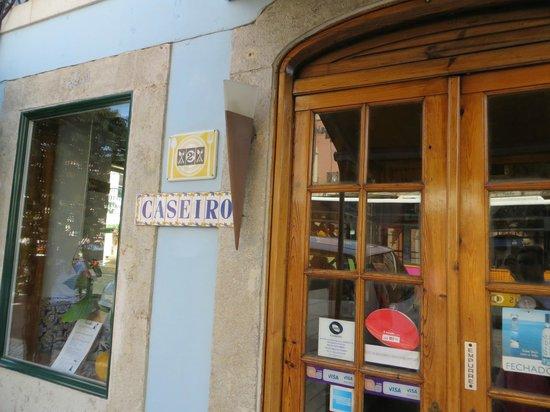 Caseiro: entrance