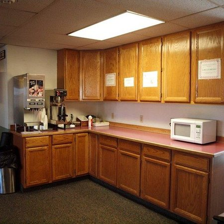 Motel 6: Other Hotel Services/Amenities