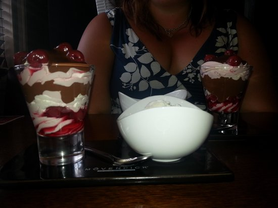 Hare and Hounds Hotel: amazing pudding