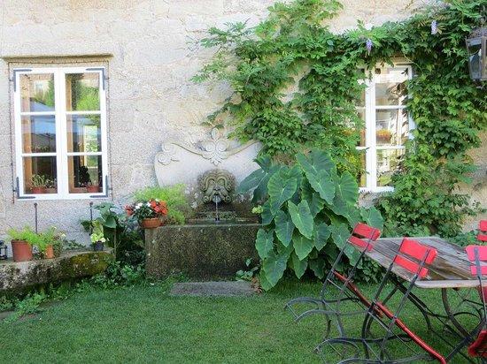 Hotel Spa Relais & Chateaux A Quinta da Auga: Exterior