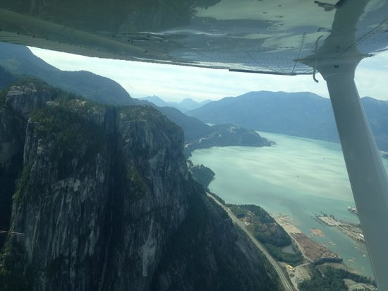 Glacier Air: Stawamus Chief