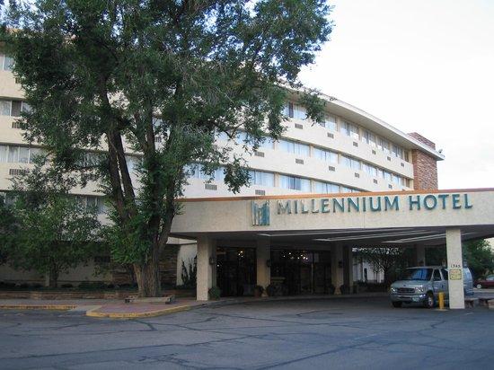 Millennium Harvest House: Millennium Hotel