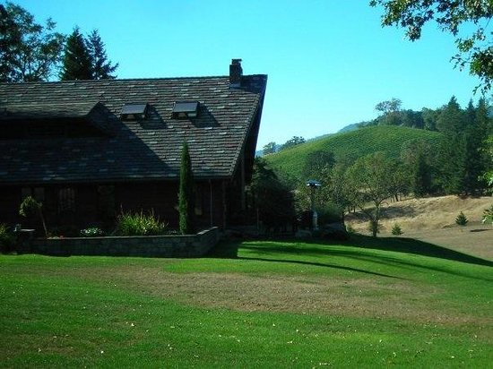 Reustle Prayer Rock Vineyards: The beautiful setting for vineyard and home.