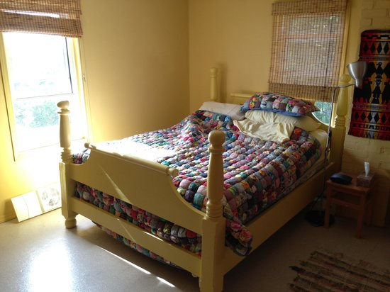 The Maven Gypsy Bed & Breakfast & Cottages: Room #3