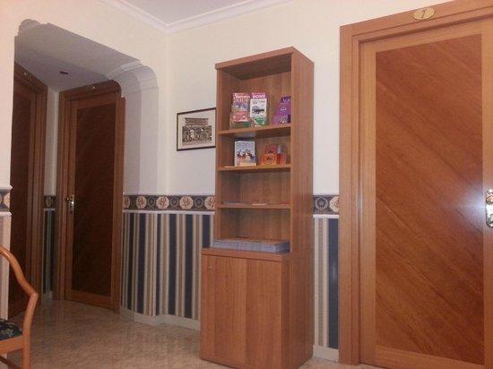 Hotel Teti : Hall