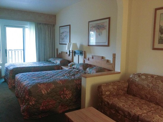Pine Lodge: mini suite with 2 double beds