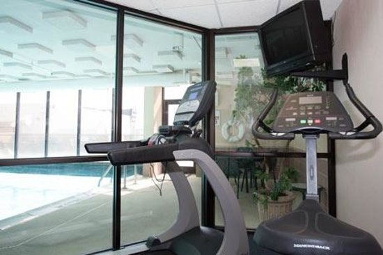 Pear Tree Inn Sikeston: Fitness Center