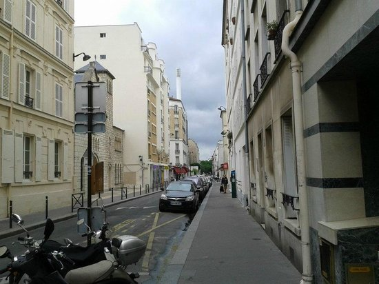Pacific Hotel: Rue Fondary vista da entrada