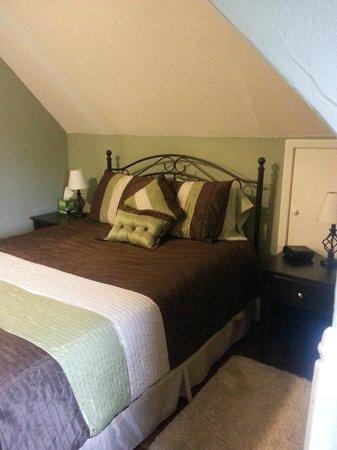 Waterside Executive Suites : Bedroom