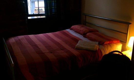 بروديز هوستلز: Room C3, #12 High Street