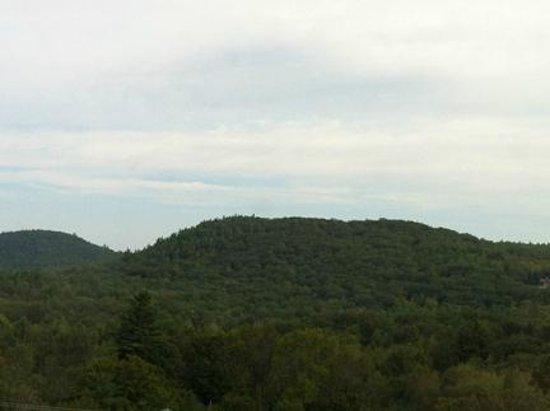 Mountain Edge Resort & Spa at Sunapee : View from Window