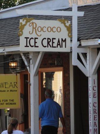 Rococo Artisan Ice Cream: Entrance