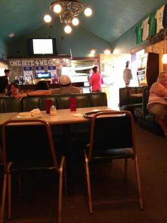 Dugan's Pizza : from our table