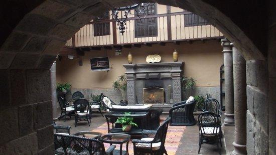 Tierra Viva Cusco Plaza: Sala de estar