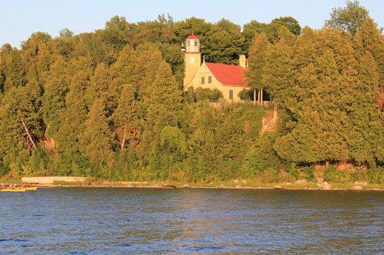 Fish Creek Scenic Boat Tours : Light house