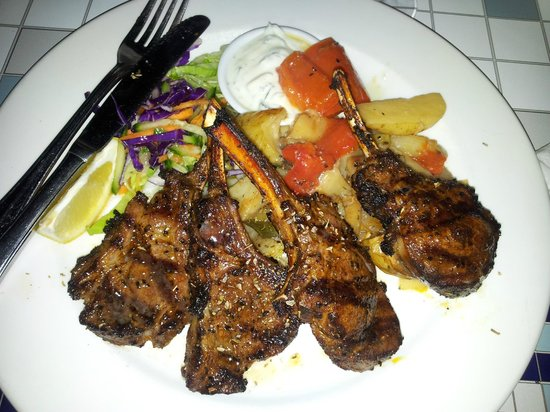 El Greco Greek Taverna: Delicious lamb cutlets