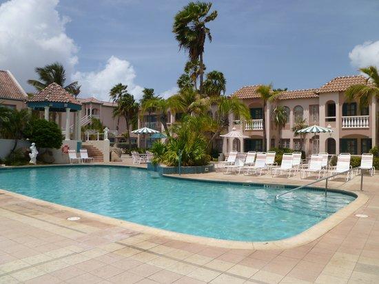 Caribbean Palm Village Resort: piscina pequeña, hay otra más grande